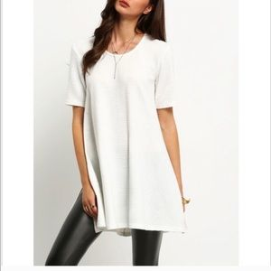 Tops - Ultra chic ribbed tunic top with side slits.